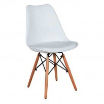 Стул Eames DSW Chair