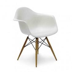 Кресло Eames DAW Chair  (ножки деревянные)